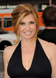 Connie Britton infused her elegant updo with a little volume at the crown, which gave her look an extra boost.