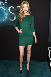 Alexia Fast chose a stylish green frock for her red carpet look at 'The Host' premiere.