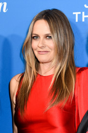 Alicia Silverstone wore her hair in a long layered cut at the premiere of 'American Woman.'