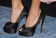 Jana Kramer stepped into a pair of black matte satin platform peep-toe pumps at the premiere of 'Footloose.'