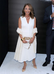 Lynda Obst opted for a simple sleeveless LWD when she attended the 'Interstellar' premiere.