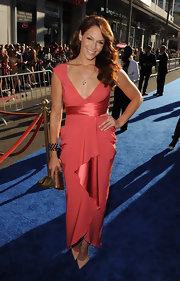 Amanda Righetti made a glam entrance at the premiere of 'Captain America: The First Avenger' in a draped rose dress teamed with elegant pointy nude patent pumps.
