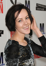 Jena Malone showed off her short bob while walking the red carpet at the 'Middle Men' premiere.