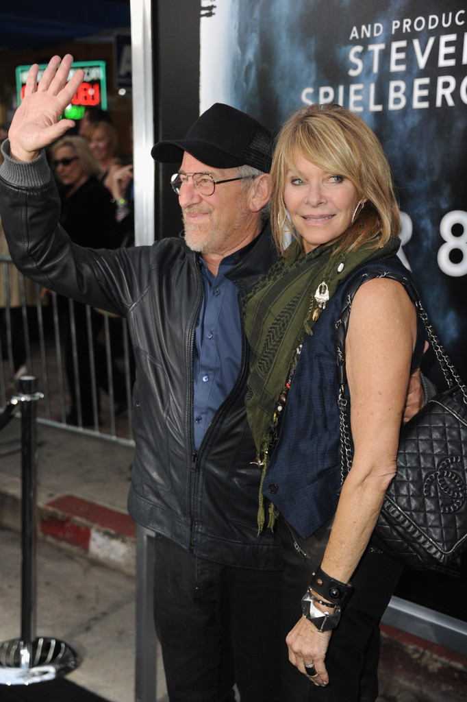 More Pics of Kate Capshaw Medium Straight Cut with Bangs ...