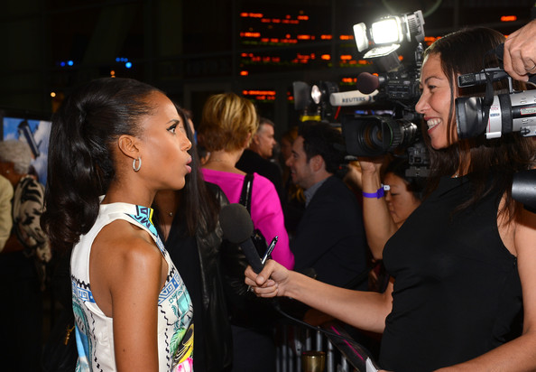 More Pics of Kerry Washington Patent Leather Clutch (1 of 31) - Clutches Lookbook - StyleBistro []