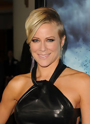 Brittany Daniel showed off her on trend short cropped cut while attending the premiere of 'Skyline'. Looks like the half shaved look is here to stay.