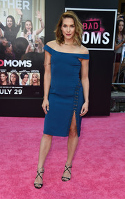 Allison Holker made an appearance at the 'Bad Moms' premiere looking chic in a high-slit blue off-the-shoulder dress.