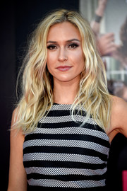 Kristin Cavallari was gorgeously coiffed with teased waves at the premiere of 'Bad Moms.'