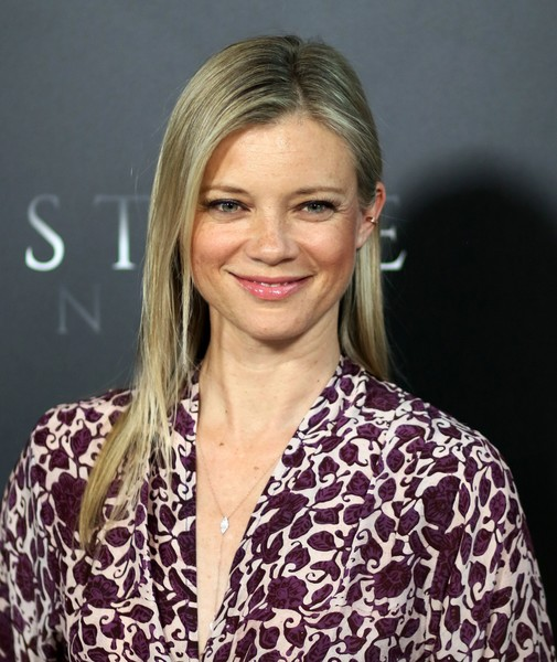 More Pics of Amy Smart Long Straight Cut (1 of 8) - Amy Smart Lookbook - StyleBistro