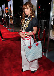 This quilted sky-print tote was a youthful choice for Bella's colorful premiere outfit.