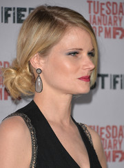Joelle Carter gathered her hair into a messy-chic knot for the 'Justified' season 5 premiere.