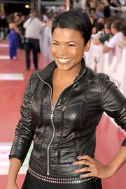 Nia Long showed off her signature short cropped mane while attending the premiere of 'This is It'.