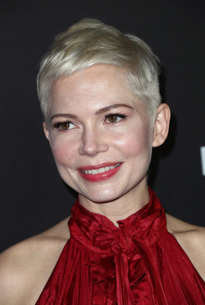 Michelle Williams' Textured Pixie