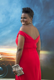Leslie Jones was pure elegance sporting this beaded clutch and off-the-shoulder gown ensemble at the premiere of 'Ghostbusters'!