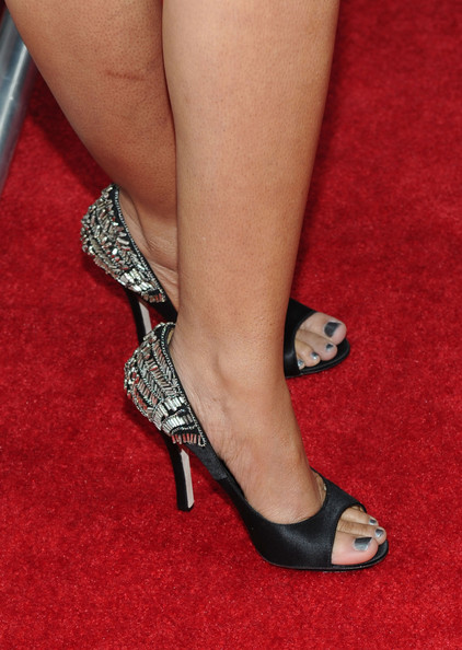 Actress Regina Hall showed off these killer heels, which had a awesome sparkling embellishment on the heel.