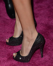 Ashley Tisdale opted for some sparkle with these peep toe pumps.