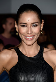 Rebecca Da Costa kept it sleek with this tight ponytail at the 'Divergent' premiere.