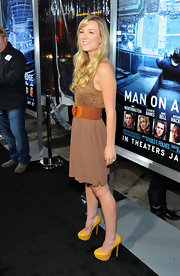 Kristen Quintrall looked slender in this nude pleated lace frock for the 'Man on a Ledge' Hollywood premiere.
