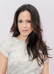 Mary-Louise Parker's effortless look was centered around her soft layers.