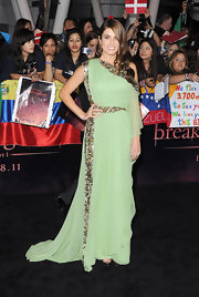 Nikki Reed looked like a goddess at the 'Twilight' premiere in a sage green one-shoulder beaded gown.