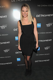 Genevieve Morton showed off her figure in this black bandage dress at the Tribeca Film event.