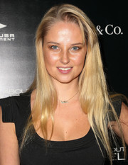 Genevieve Morton kept it casual at the premiere of 'The Truth About Emanuel' with this long straight 'do with teased bangs.