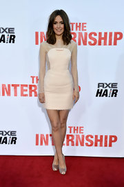 Rose Byrne's long-sleeve nude frock had a very sweet and pretty feel to it at the premiere of 'The Internship.'