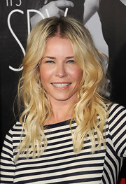 Chelsea Handler attended the premiere of 'This Means War' wearing her blond tresses in stylishly textured waves.