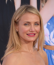 Cameron Diaz attended the LA premiere of 'The Other Woman' wearing a casual, edgy layered cut.