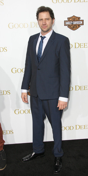 Jamie Kennedy's shiny wingtips perfectly complemented his navy blue blazer and slacks combo at the premier of Tyler Perry's 'Good Deeds.'