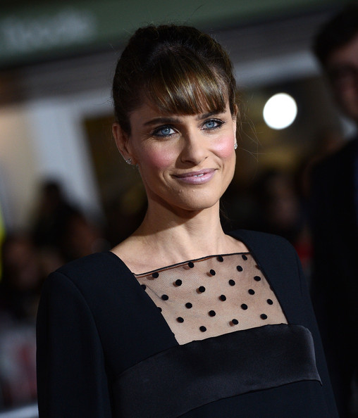 More Pics of Amanda Peet Little Black Dress (4 of 16) - Dresses & Skirts Lookbook - StyleBistro
