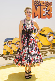 Kristen Wiig looked festive in a fit-and-flare print dress by Marc Jacobs at the premiere of 'Despicable Me 3.'
