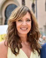 Allison Janney styled her hair with feathery waves and side-swept bangs for the premiere of 'Minions.'
