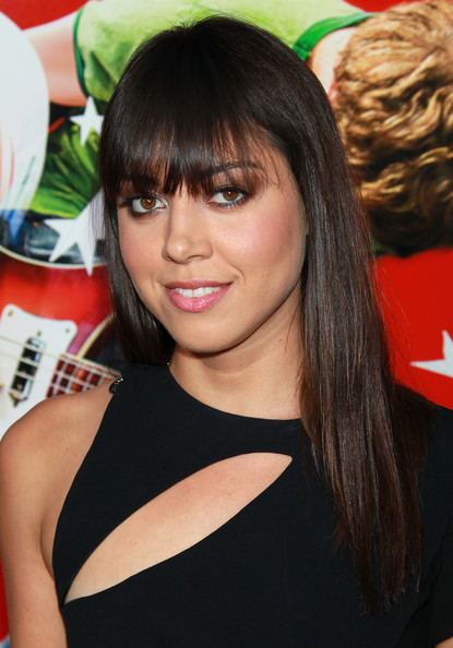 More Pics of Aubrey Plaza Long Straight Cut with Bangs (3 of 9) - Aubrey Plaza Lookbook - StyleBistro