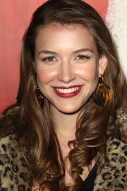 Nathalia Ramos wore a pair of stunning gold dangle earrings at the the premiere of 'Waiting for Forever.'