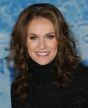 Amy Brenneman looked fab with her tousled curls at the premiere of 'Frozen.'