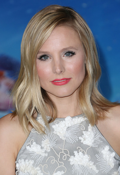 More Pics of Kristen Bell Medium Wavy Cut (1 of 12) - Shoulder Length Hairstyles Lookbook - StyleBistro