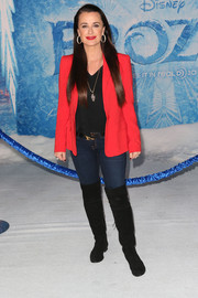 Kyle Richards brought a pop of rich color to the 'Frozen' premiere with her bright red blazer.