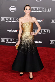 Jaime King looked downright regal in a strapless ombre gown by Schiaparelli Couture at the premiere of 'Rogue One: A Star Wars Story.'