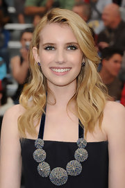 Emma Roberts styled her hair in soft ringlet curls at the Pirates of the Caribbean: On Stranger Tides premiere.