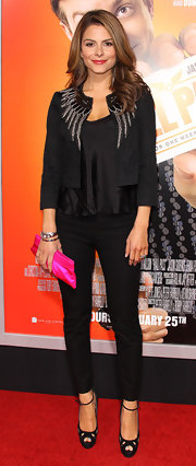 Maria donned a cropped evening jacket with an embroidered neckline for the premiere of 'Hall Pass.'