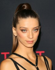 Angela Sarafyan accentuated her beautiful eyes with a heavy application of neutral shadow.