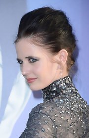 Eva Green wore her hair styled in a voluminous French twist for the premiere of 'Dark Shadows.'