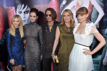 "Michelle Pfeiffer Chloe Grace Moretz Premiere Of Warner Bros. Pictures' ""Dark Shadows"" - Red Carpet"