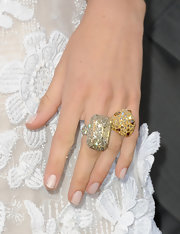 Blake highlighted her fresh manicure with a yellow diamond and ruby ring.