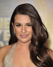 Lea Michele wore her hair in long, side-swept waves at the premiere of 'New Year's Eve.'
