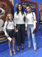 Rachel Roy made us go 'Awww!' when she went matchy-matchy with her daughters in these white sweaters with elbow bow detail.