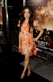 Sasha Grey was lovely in florals and tan strappy sandals.