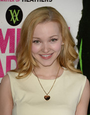 Dove Cameron looked oh-so-sweet with her wavy 'do at the 'Vampire Academy' premiere.