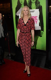 Joely Richardson chose a printed jumpsuit for her red carpet look during the 'Vampire Academy' premiere.